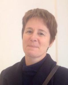 Maria Teresa Carinci è Professoressa ordinaria di Diritto del lavoro presso la Facoltà di Giurisprudenza nell'Università degli Studi di Milano, nonché, nella medesima Università,  Coordinatrice del Corso di dottorato in Diritto comparato, privato, processuale civile e dell'impresa e Coordinatrice scientifica del Corso di perfezionamento in Diritto del lavoro. Oltre che autrice di innumerevoli pubblicazioni in materia di Diritto del lavoro è nel comitato scientifico di diverse riviste, tra cui la Rivista giuridica del lavoro e  la Rivista italiana di diritto del lavoro.  Pagina internet: www.giurisprudenza.unimi.it/Facolta/Personale/DocentiRicercatori/CARINCI-MARIATERESA-44X_ITA_HTML.html